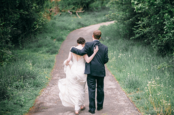 wedding-couple-img